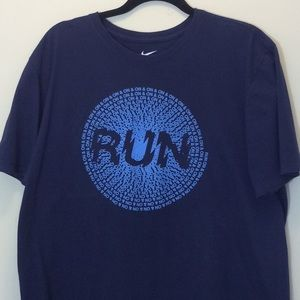Nike Navy Blue Short Sleeve Athletic Cut T-Shirt